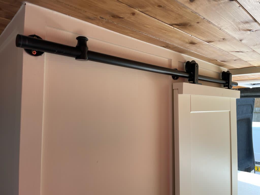 LWB High Top Citroen Relay - Toilet barn door- 2021