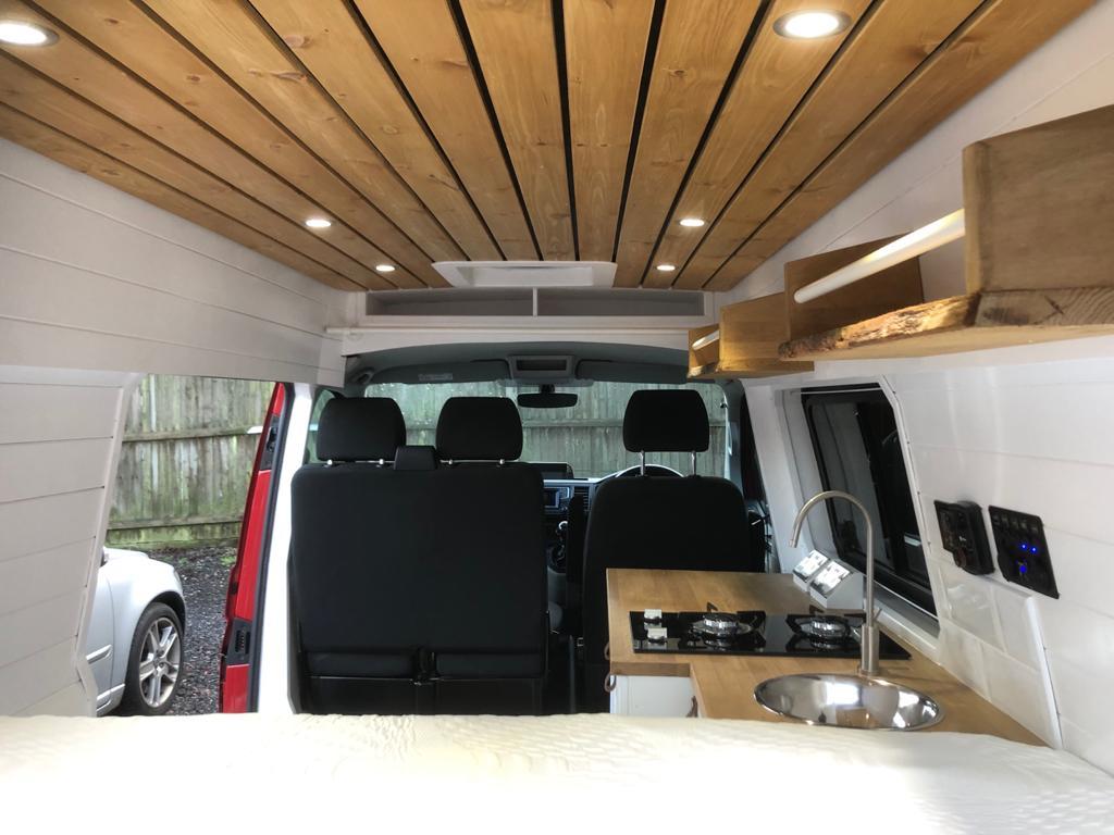 VW T28 Highline Wood clad ceiling 2021
