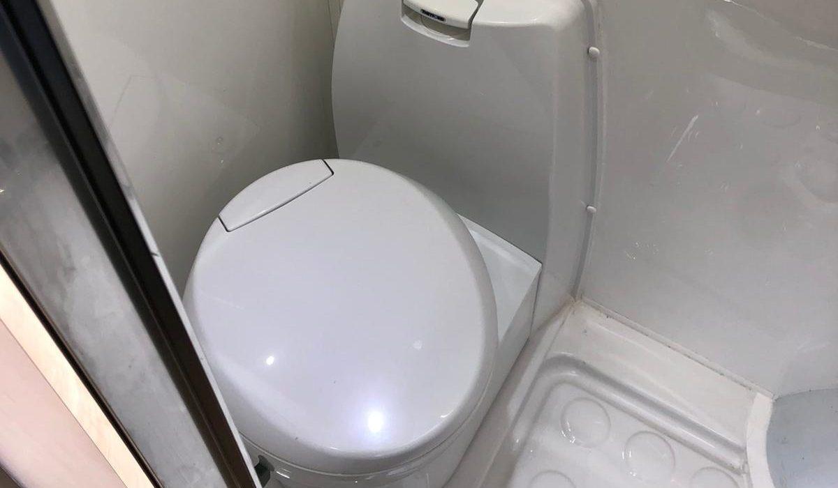 Sprinter Toilet 2021,